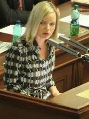 20 let, 17 neúspěšných pokusů až dodnes: Klasnová obhájila zrušení imunity v Senátu