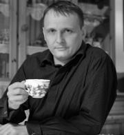 Bárta z Kavárny pro Krajské Listy.cz: Hazard a bezdomovství jsou spojité nádoby