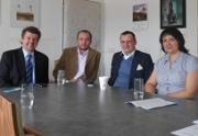 Bárta s Drastichovou navštívili ústav v Hrabyni. Senátor Plaček podpoří petici amputářů