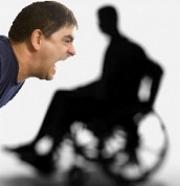 Bezreklamka v plné kráse: No a co, že jste invalida a nic jste si neobjednal. Zaplatíte!