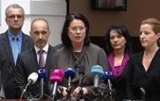 Koaliční tiskovka: Kalousek zastrašuje prezidenta, Peake si řekla o křeslo a na Doktora jsem zvědav