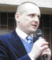 Tachovští nadávali na debatě s Bártou: Ubytovny pro nepřizpůsobivé, nedostatek lékařské péče